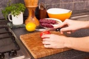 iStock_000019061005_Cutting-Board_Cooking_Classes_pinwheel